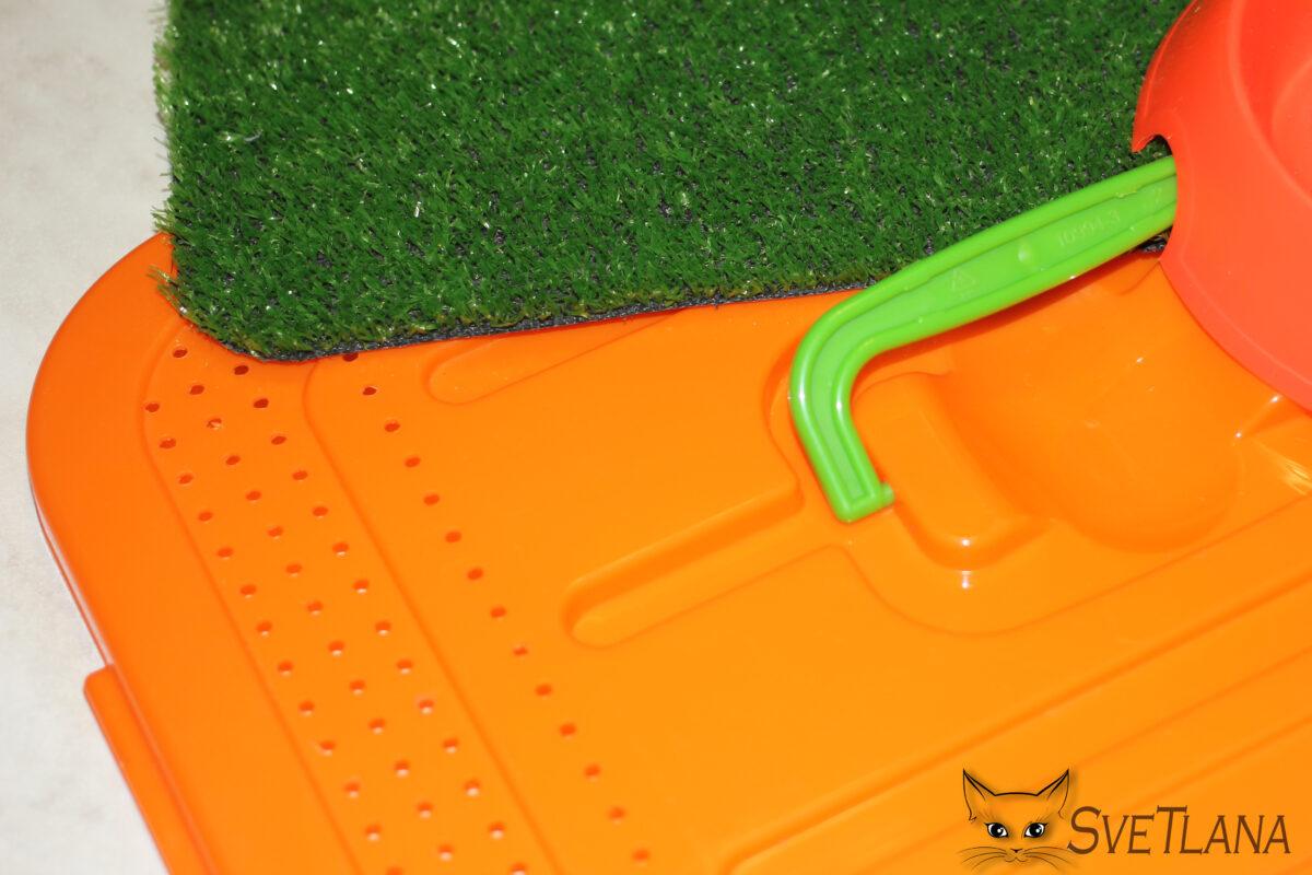 Верхняя вентеляция контейнера для рептилий